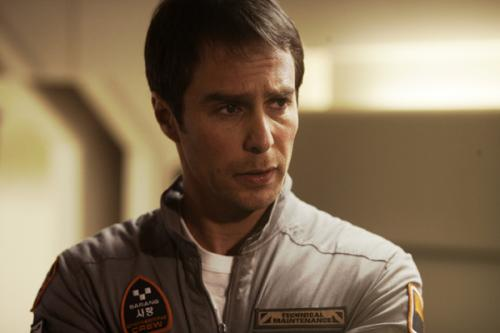 9e78/1246994160-moon_movie_image_sam_rockwell__1_.jpg