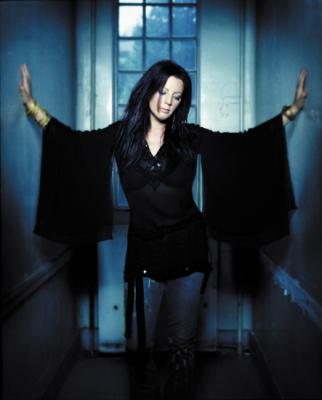 Sarah McLachlan is bringing back Lilith Fair. Huzzah!