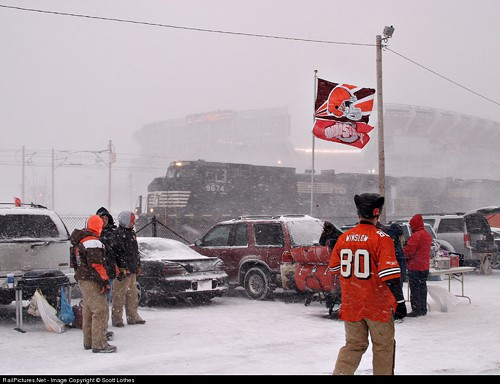 Snow doesnt put a damper on tailgating.