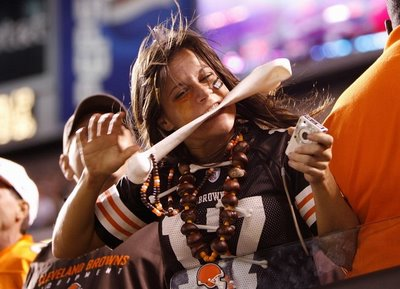 sexy-browns-fan.jpg